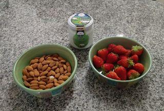 My Yogurt, Nut and Berry Breakfast